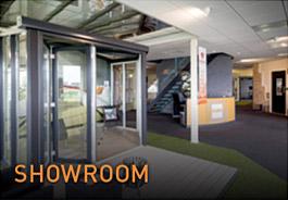 Showroom Vriesia bouwen met glas